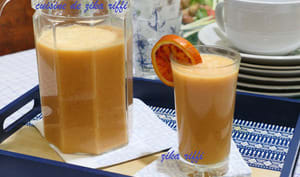 Smoothie orange banane citron miel yaourt