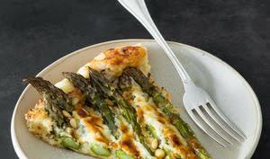 Tarte fine aux asperges vertes rôties