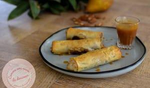 Cigares croustillants poire frangipane noix de pécan et caramel beurre salé