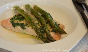 Asperges vertes et saumon au four