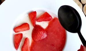 Panna cotta, fraises ou mangue passion