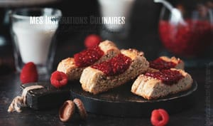Biscuits à la confiture de framboise et chia