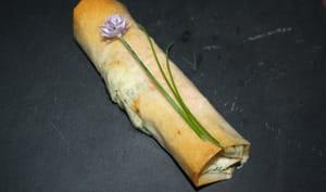 Rouleaux de saumon et asperges sur sa crème de ricotta