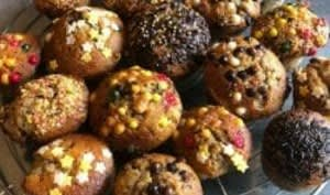 Muffins moelleux à la banane et pépites de chocolat. Recette facile