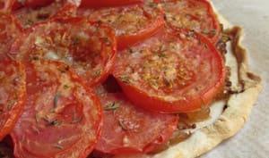 Tarte fine à la moutarde et aux tomates
