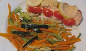 Papillote de saumon poireaux-coriandre-citron et jardinière de légumes