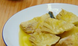 Petits artichauts à l'huile d'olive