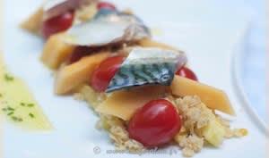 Maquereau cru mariné et sa salade sucrée-salée