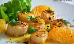 Saint-Jacques poêlées au beurre d'agrumes et poivre Voatsiperifery