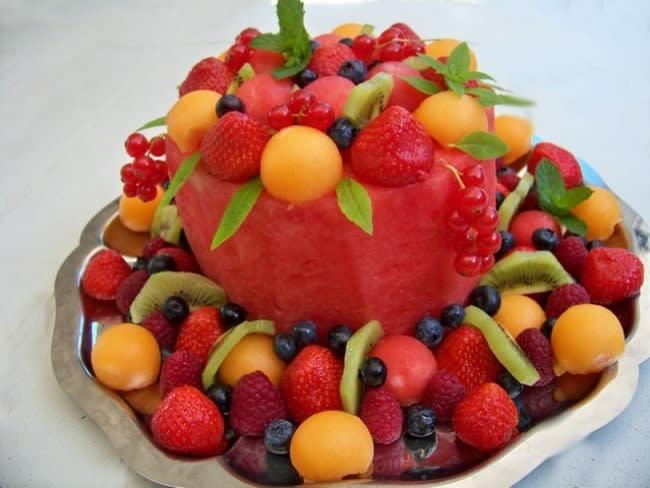 Watermelon cake ou gâteau de pastèque et de fruits