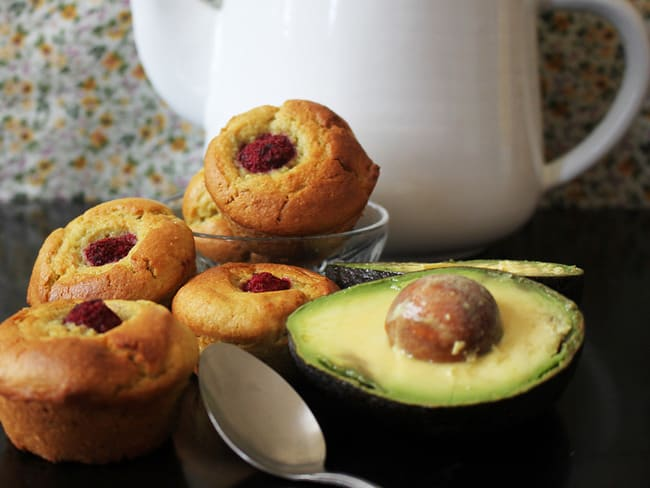 Muffins avocat & framboises