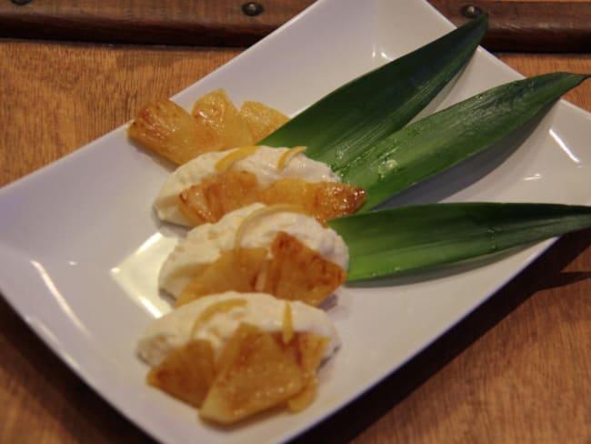 Chaud-froid ananas flambé et mousse mascarpone