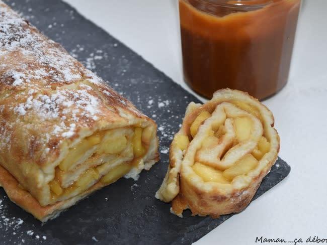 Crêpe roulée pommes et caramel beurre salé