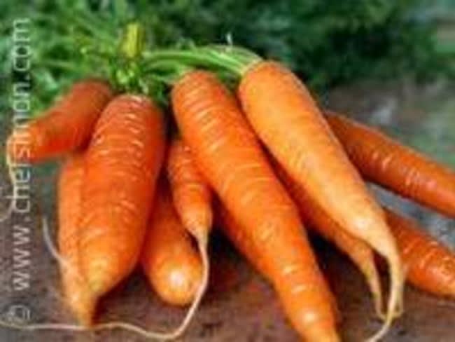 Présenter et cuire des carottes primeur