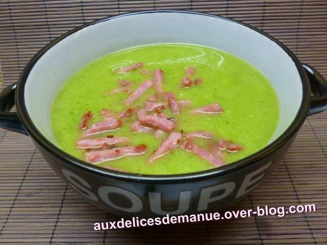 Soupe aux 3 choux, haricots verts, petits pois et bacon