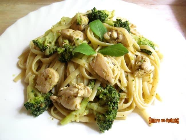 Linguine au poulet et brocoli