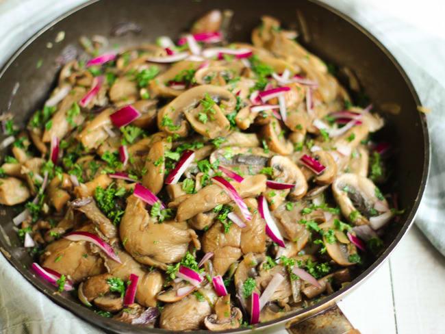 Poêlée de champignons ail et persil