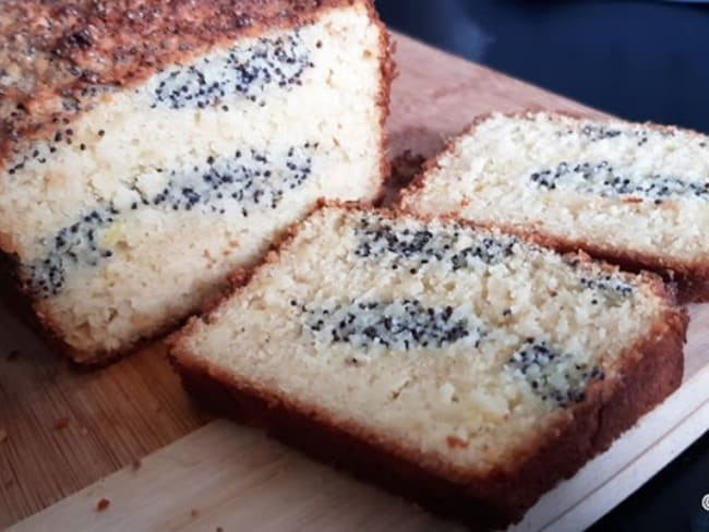 Cake marbré amandes citron et pavot