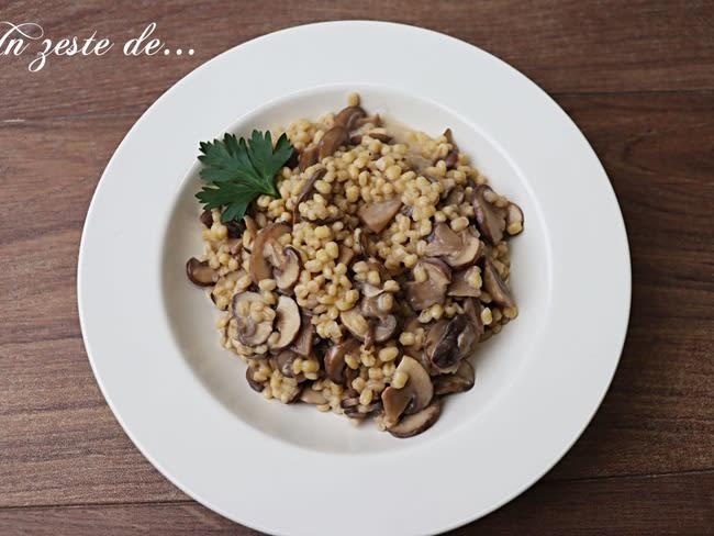 Orge perlé comme un risotto aux champignons