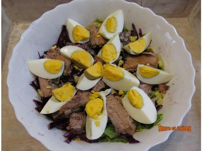 Salade de chou rouge aux sardines et oeufs