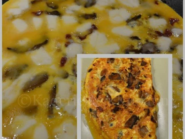 Omelette aux champignons, chorizo, mozzarella