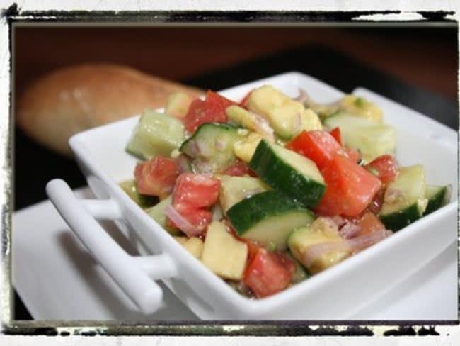 Salsa de tomates, avocat & concombre