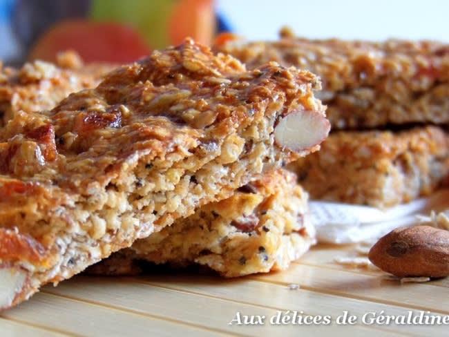 Barre de céréales maison aux abricots secs et amandes