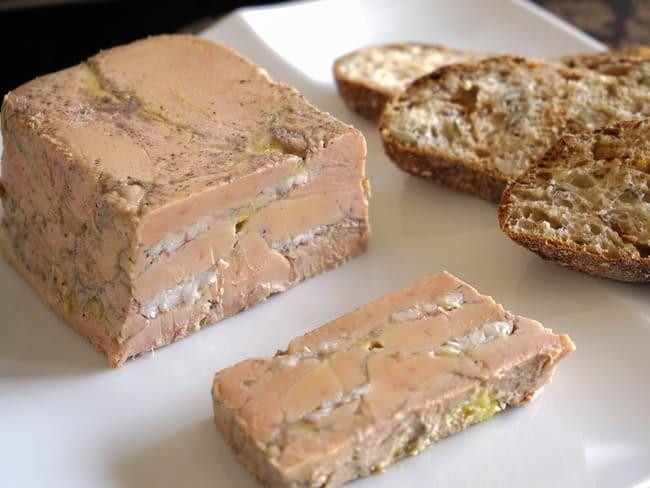 Terrine de foie gras à l'anguille fumée