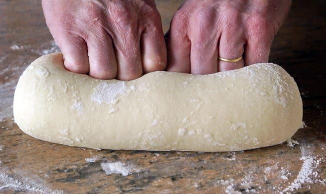 Pétrissage d'une pâte à brioche