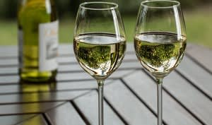Verres de vin blanc sec
