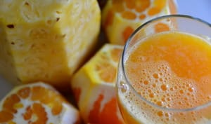 Jus de fruits orange ananas