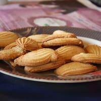 Biscuits sur assiette