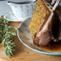 Carré d'agneau à la moutarde au miel et romarin