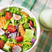Salade composée carottes tomates