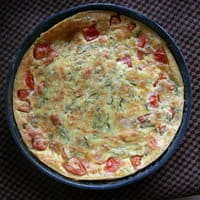 Clafoutis tomate emmental basilic
