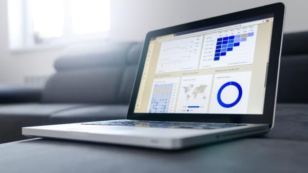 Google Data Studio: Die ersten Schritte zum Report _alt
