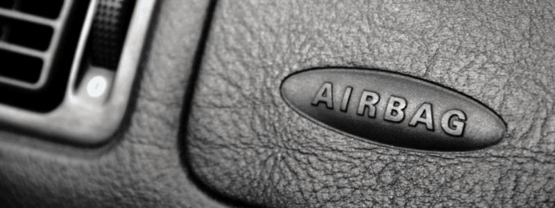 Airbag Zeichen im Auto