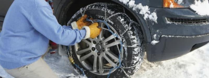 Autobutler hat die wichtigsten Regeln rund um das Thema Schneeketten zusammengefasst.