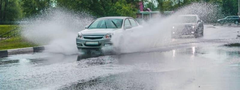 Det er farligt at starte en bil, der har været under vand