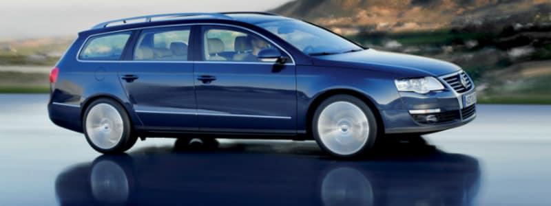 Blå VW Passat