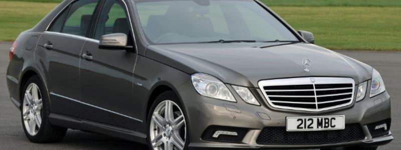 Mercedes - frikørt taxa