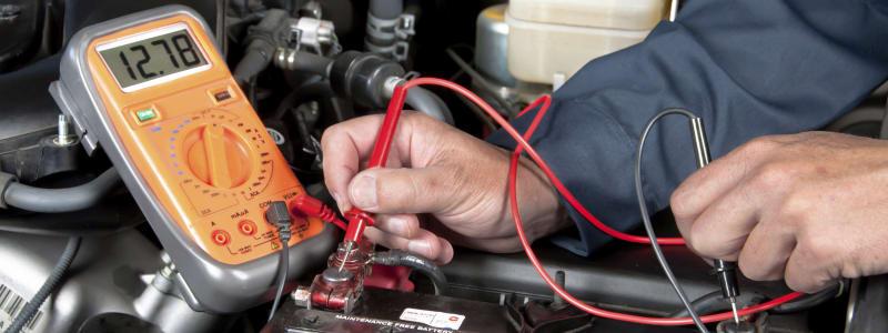 Test d'une batterie à l'aide d'une machine adaptée