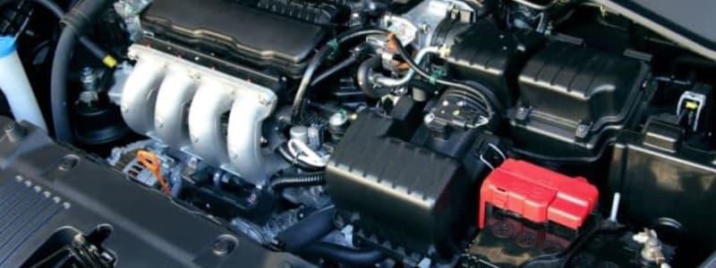 Överblick av motorn i en Škoda