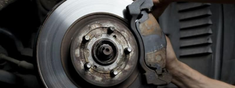 Learn about the different parts of the car's brakes