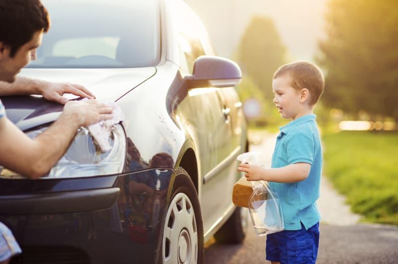 Få bilen gjort ren og klar efter vinteren