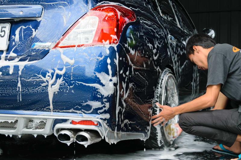 Gode tips til at vaske bilen i hånden