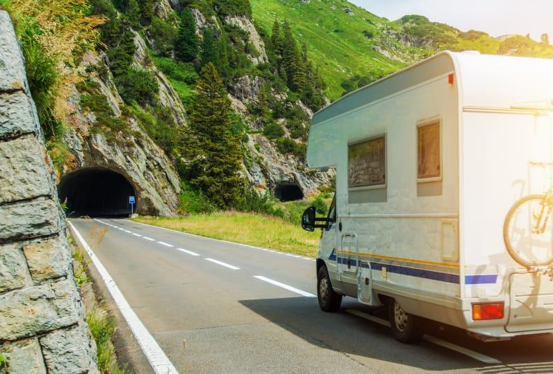 Camping-car sur la route