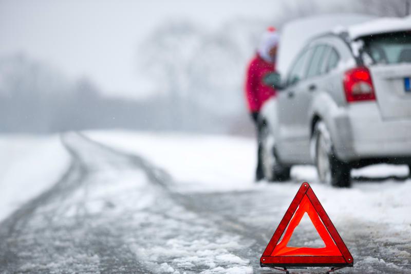 Varningstriangel och bilproblem