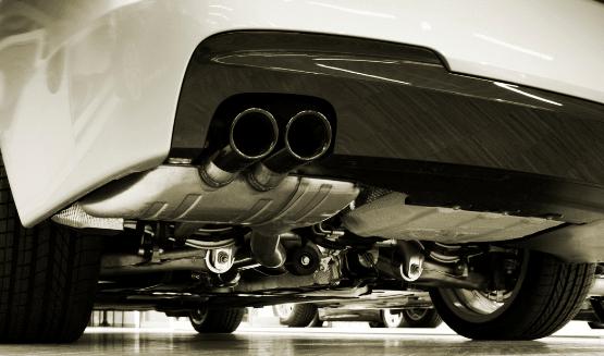 Traitement antirouille bas de caisse voiture