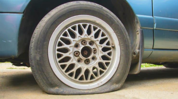 Sådan skiftes et fladt dæk